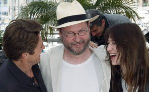 Willem Dafoe, Lars von Trier y Charlotte Gainsbourg en el último Festival de Cannes